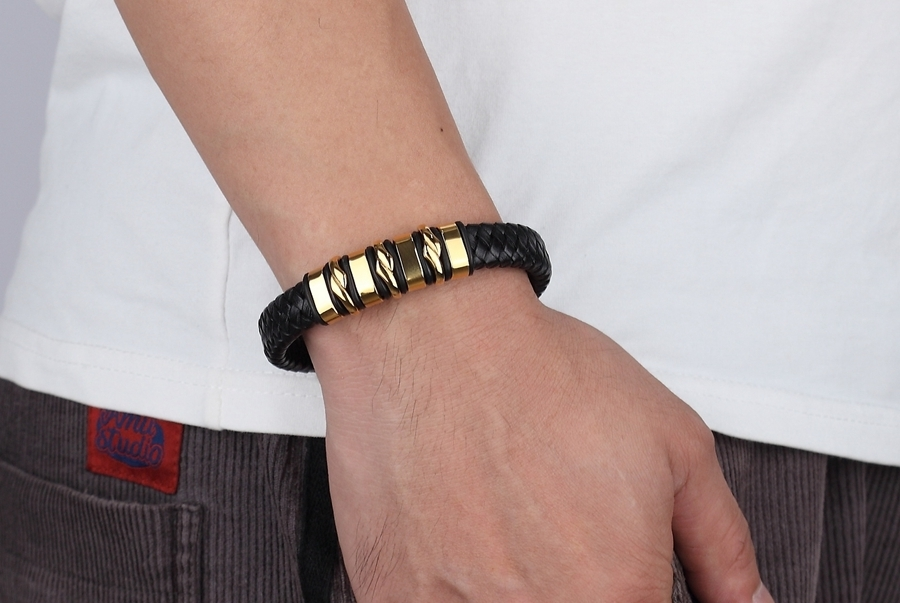 Genuine Leather Bracelet Geometrically Irregular Graphics Elegant Small Adorn Article Accessories Jewelry Big Discount Gift