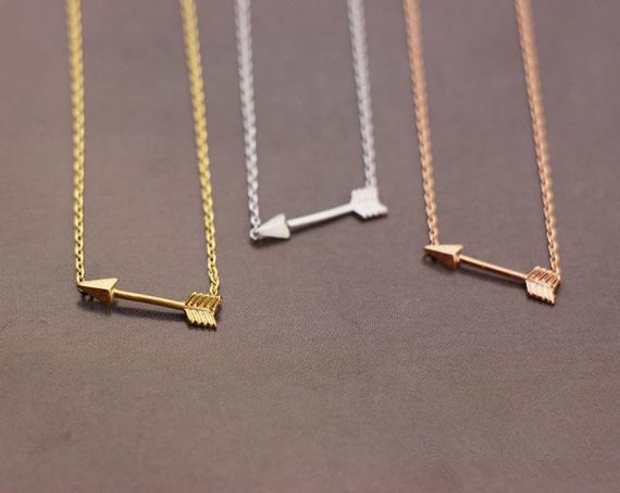 Gold Silver Rose gold Tiny Horizontal Arrow pendant chain Necklace Pendant for Women Simple Cute Sideways Arrow Necklace for Men