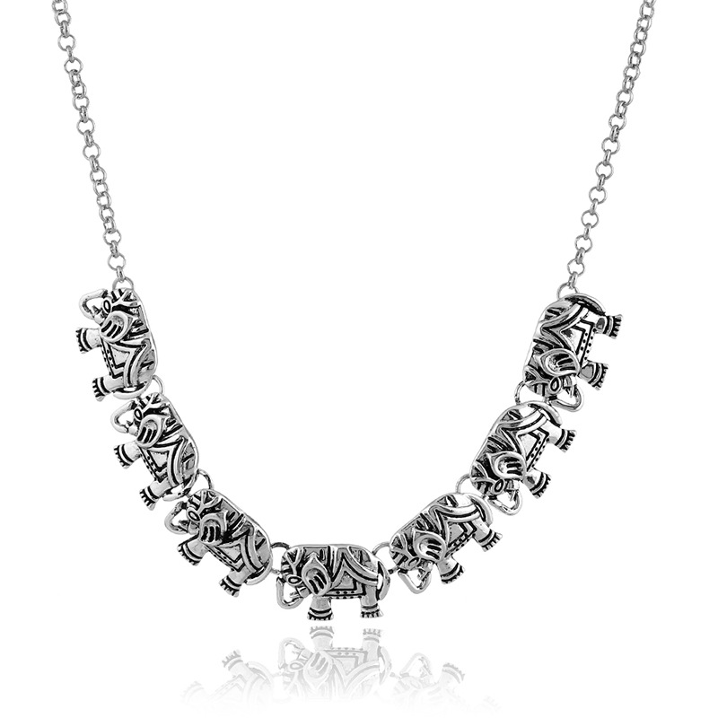New Korean version of the personality of the retro sculpture elephant diamond necklace sweater chain Yiwu small jewelry