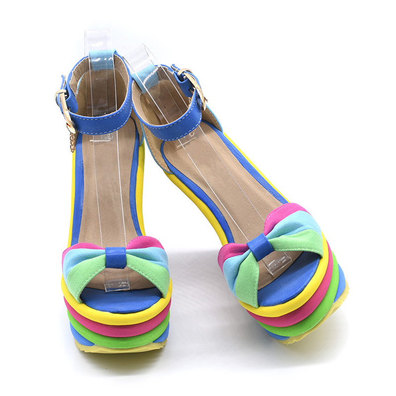 GENSHUO-2018-Summer-Sexy-Bohemia-Rainbow-Peep-Toe-Platform-Sandals-For-Womens-Ladies-Blue-Denim-Wedges (4)
