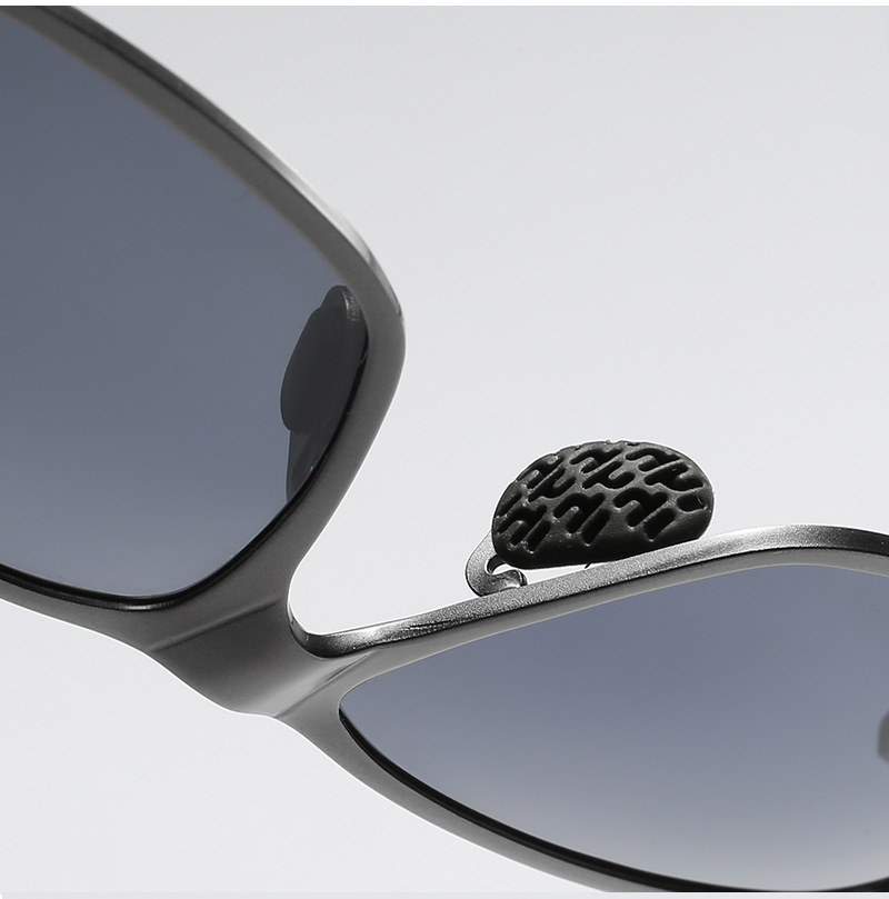Men's Aluminum Magnesium Alloy Mirror Frame Sports Beach Polarizing Sunglasses Spring Legs Dazzling Film Driving Fishing Glasses + Box