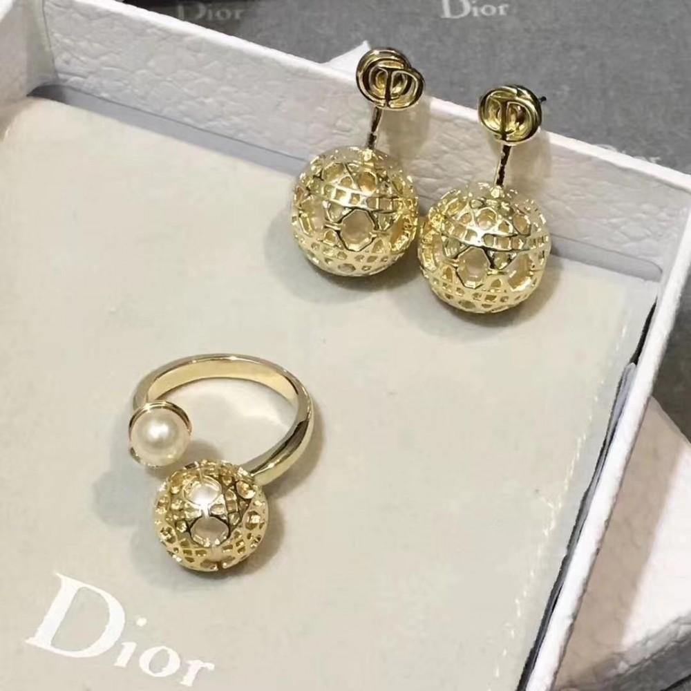 Cor de ouro Moda Simples das Mulheres Retro Gemstone Anéis de casamento de Aço Inoxidável diamante Presente Da Jóia Para Senhora Meninas