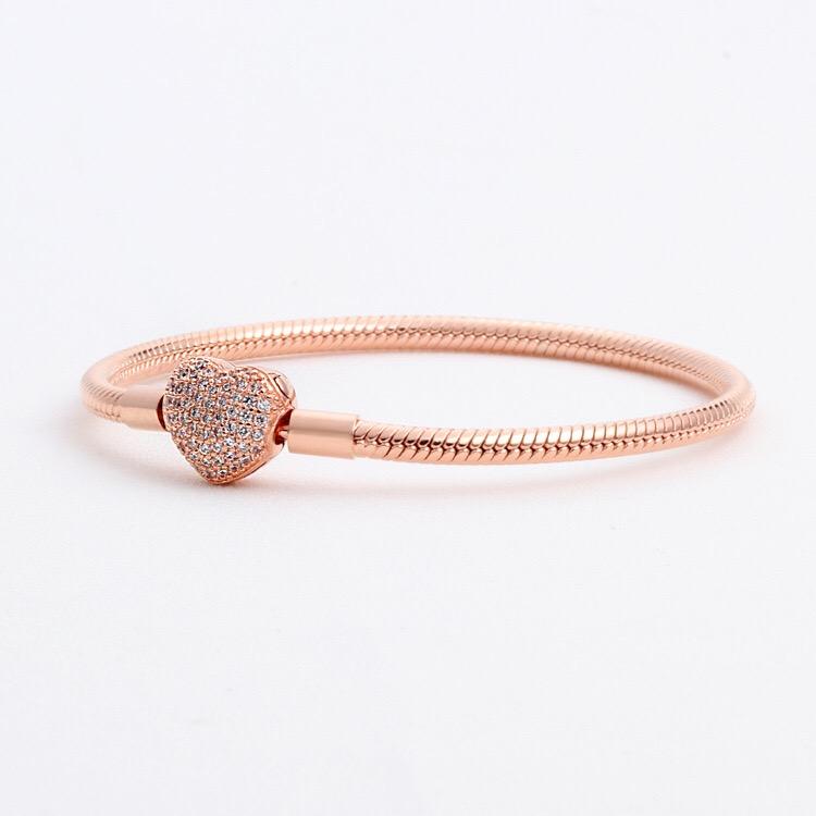 Pulseras de momentos de plata esterlina 925 Pave Heart Broche Cadenas de serpiente de oro rosa Fit Pulseras originales de pan para joyería DIY