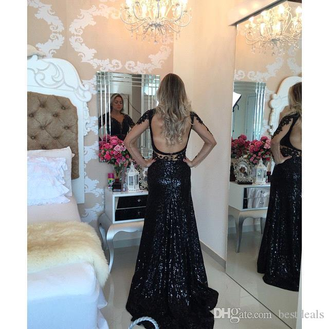 2016 New Stunning Red Long Sleeves Lace Prom Dresses Sexy V Neck Beaded Floor Length Backless Long Evening Gowns Arabic Dresses BO9607