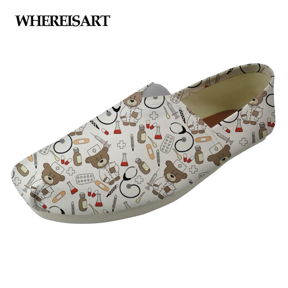 WHEREISART Blanc Mignon Infirmière Ours Modèle Femmes Appartements Chaussures Toile Chaussures Décontractées pour Femmes Plates Confortables Femmes