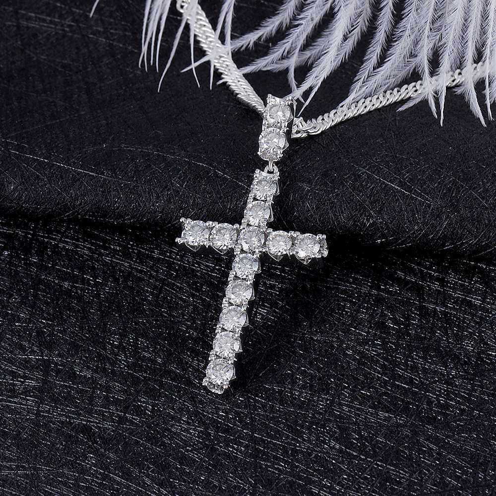 moissanite cross pendant necklace for man (5)