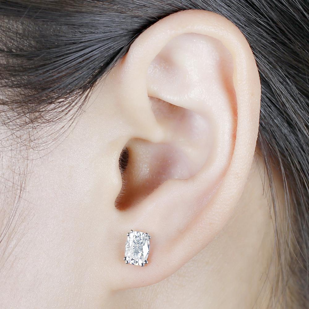 cushion cut moissanite earrings (8)