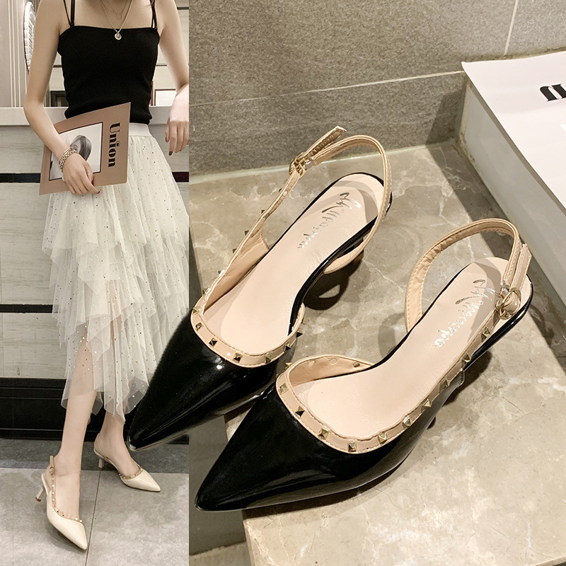 Foot Woman Sandals One Buckle Sharp Grossolana Con Rivet da donna Bind Honor2019 Back Air Scarpe col tacco alto Summer