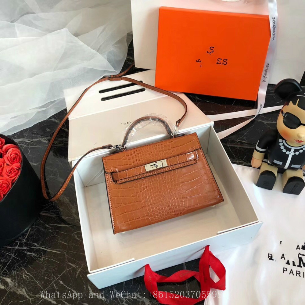 Hot Designer Handbag Luxury Handbag Fashion Bag Real Cowhide Material Shoulder Bags Cross Body
