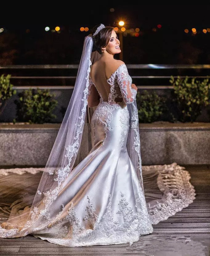 modern-lace-applique-plus-size-wedding-dresses-with-satin-long-sleeves-off-the-shoulder-backless-bridal-gowns-african-vestidos.webp (3)_