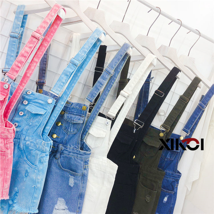 2018 Fashion Denim Bibs Schoolgirl Spring Summer New Loose Korean Thin Hole Burst Fringe Shorts There is a large yard (8)