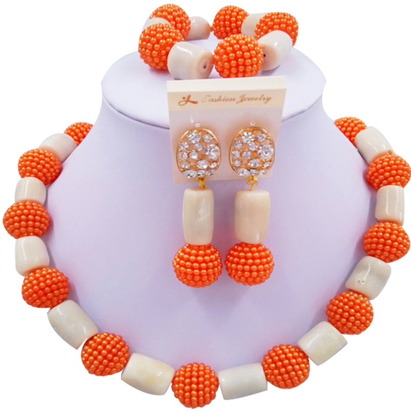 Jewelery Set Red and Beige