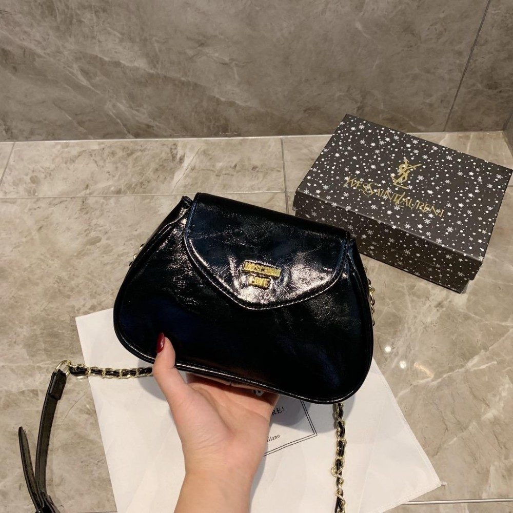 Original Luxury Small Handbag Female Nice Pop Belt Buckle Retro Square Messenger Bag The Simple Wild Single Shoulderfashion 0521