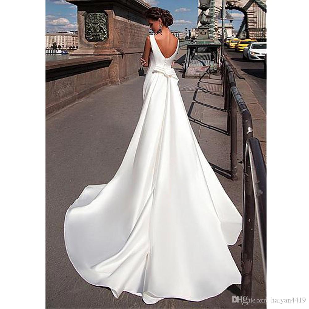 2017 Cheap Charming Bateau Neckline Mermaid Wedding Dresses With Detachable Train vestidos de novia Backless Satin Plus Size Wedding Gowns