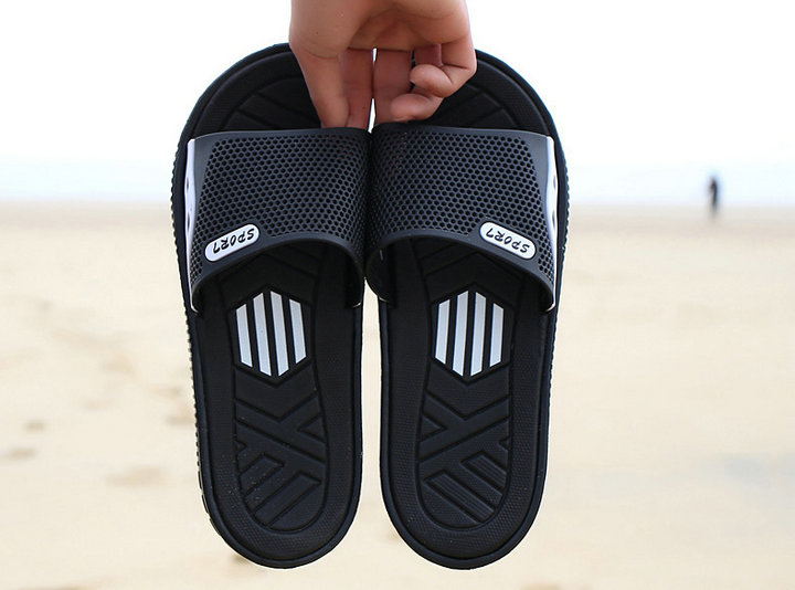 Fashion New Design Anti Slip Adult Men Shoes Sport Slide Slippers Outdoor Indoor Beach Slippers For Man (1)
