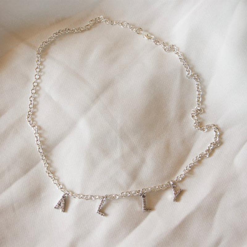 Оптовая мода на заказ имя ожерелья индивидуальные буквы ожерелье РЕБЕНОК Босс cz проложили алфавит минимальные тонкие ожерелья для женщин