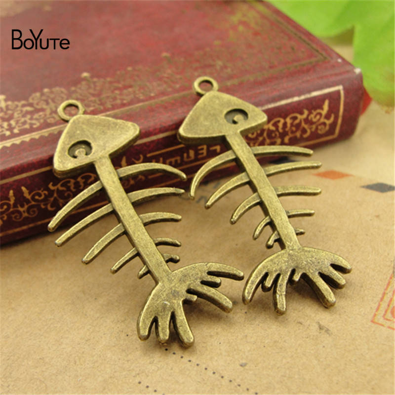 BoYuTe (50 PiecesLot) Vintage Fish Bone Jewelry Pendant Charms European Popular Halloween DIY Alloy Materials Accessories (6)