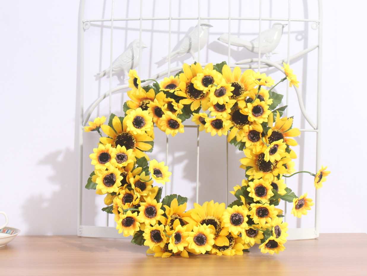 2021 Simulation Sunflower Wreath Holiday Tourism Headwear Fake Flower Festival Party Decoration Valentine Day Birthday Gift From Yiyu Hg 20 38 Dhgate Com