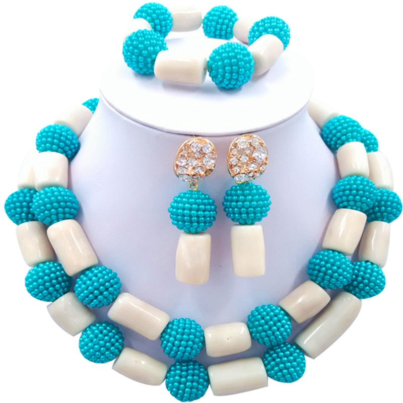 Jewelery Set Blue and White