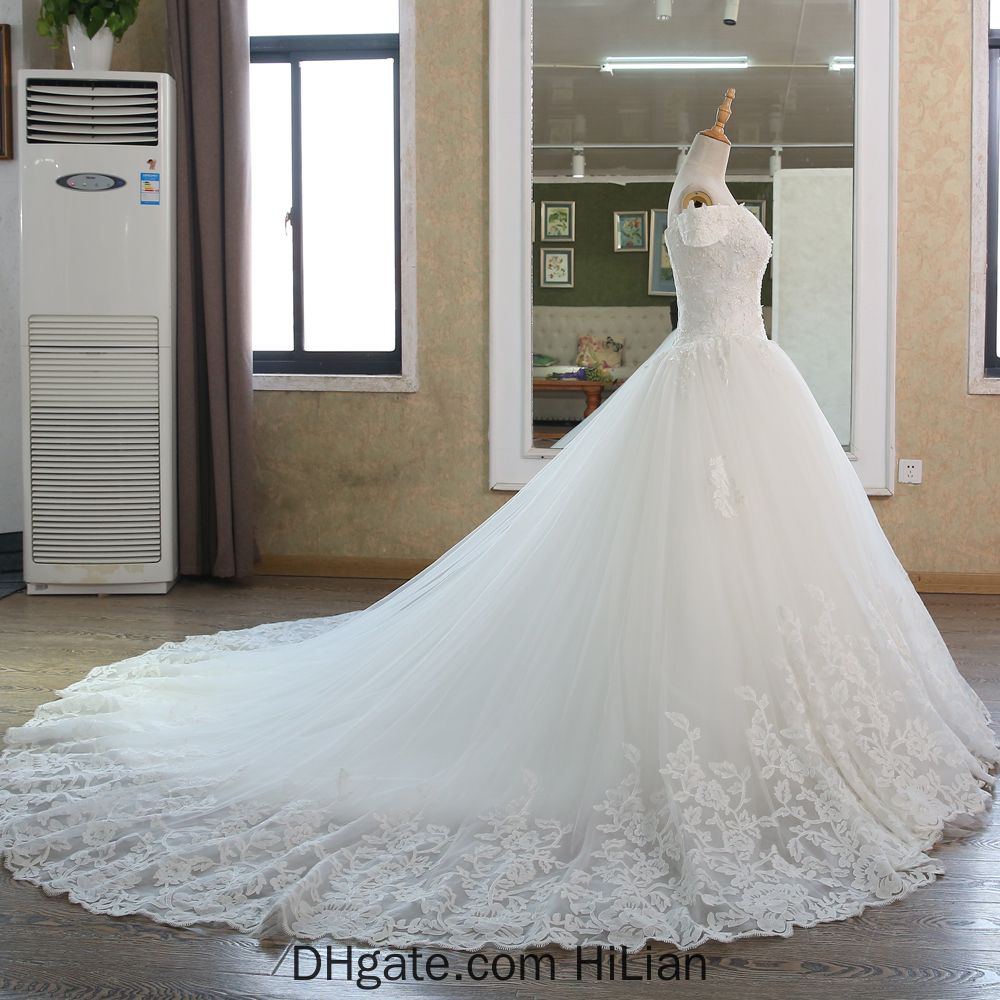 White Ivory New Real Pictures Ball Gown Bridal Dress Vintage Muslim Plus Size Lace Wedding Dress Princess with Sleeve