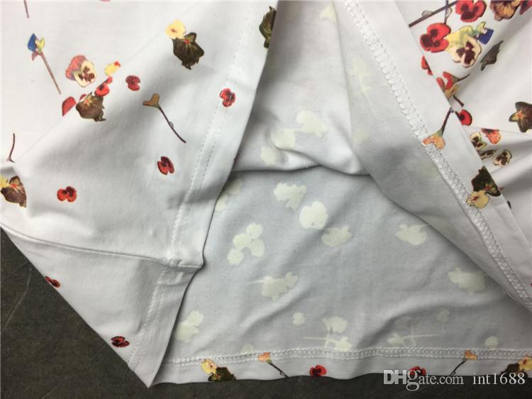 Venda quente 2019 Nova Marca de Moda Homem Flores T Shitrs Homens de Manga Curta Casual Tee Homens Todo o Corpo Flores Imprimir Moda Camiseta