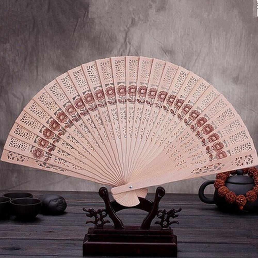 200pcs-lot-Personalize-silk-screen-wedding-favors-silk-fan-Chinese-carved-folding-fragrance-wood-hand-fan