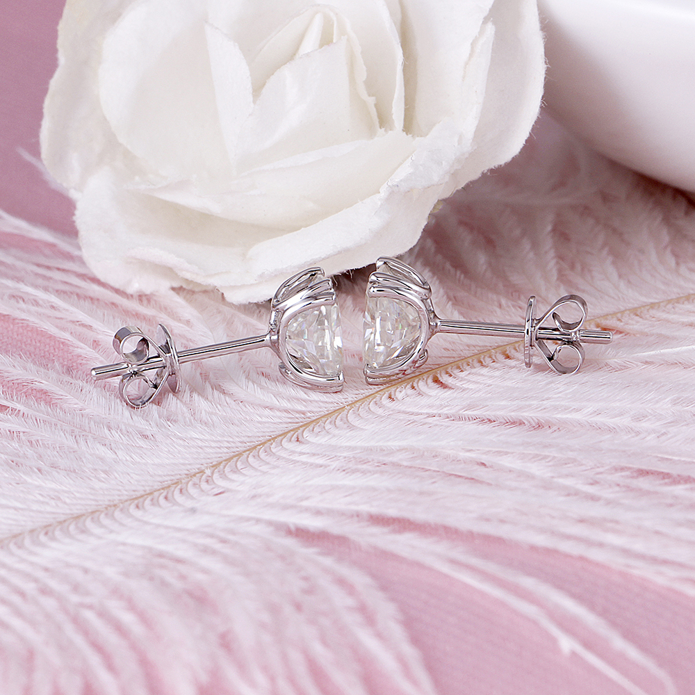 cushion cut moissanite earrings (7)