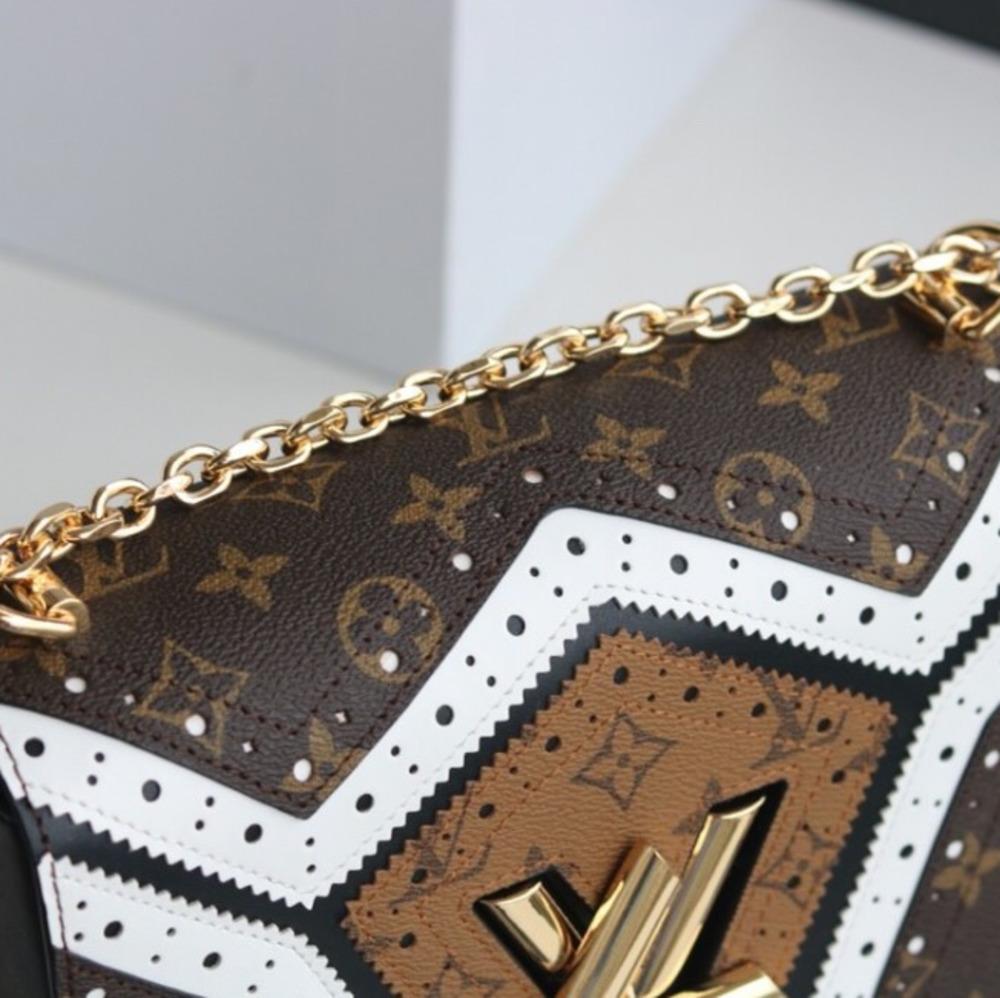 Pacote de senhora bolsa de ombro das mulheres acessórios de moda menina 2019 novos produtos boutique muito lindo clássico cópia flor textura 23 * 18 * 8cmb