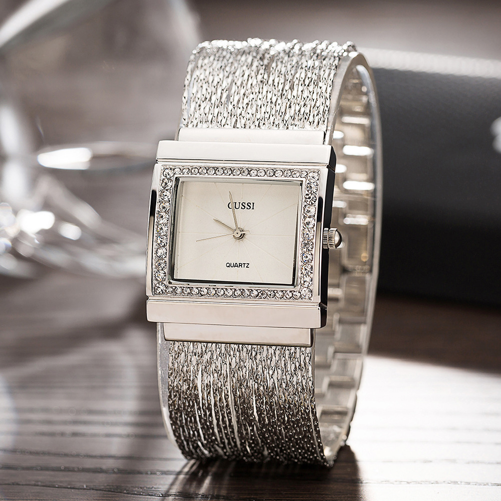 Ma'am Concise Diamond Square Clock Dial Alloy Chain Watchband Quartz Watch