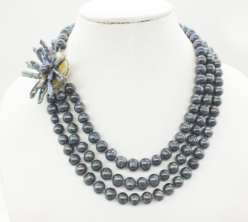 Very beautiful 3 rows Natural black 10-11MM Freshwater pearl necklace