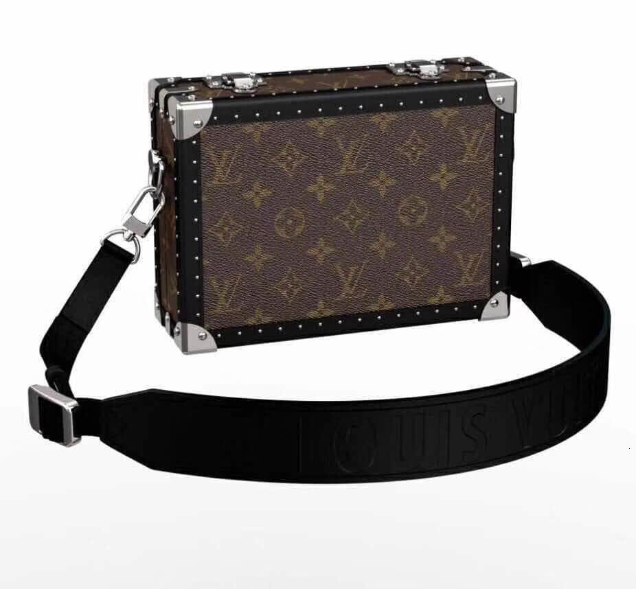 /  2018 autumn and winter men's fashion show box bag