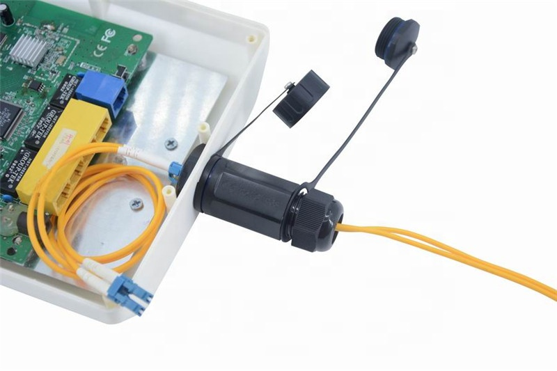 M25 LC Optocoupler with in out waterproof cover Extension Connector Fiber Optic Cold Connector Straight Head Female socket