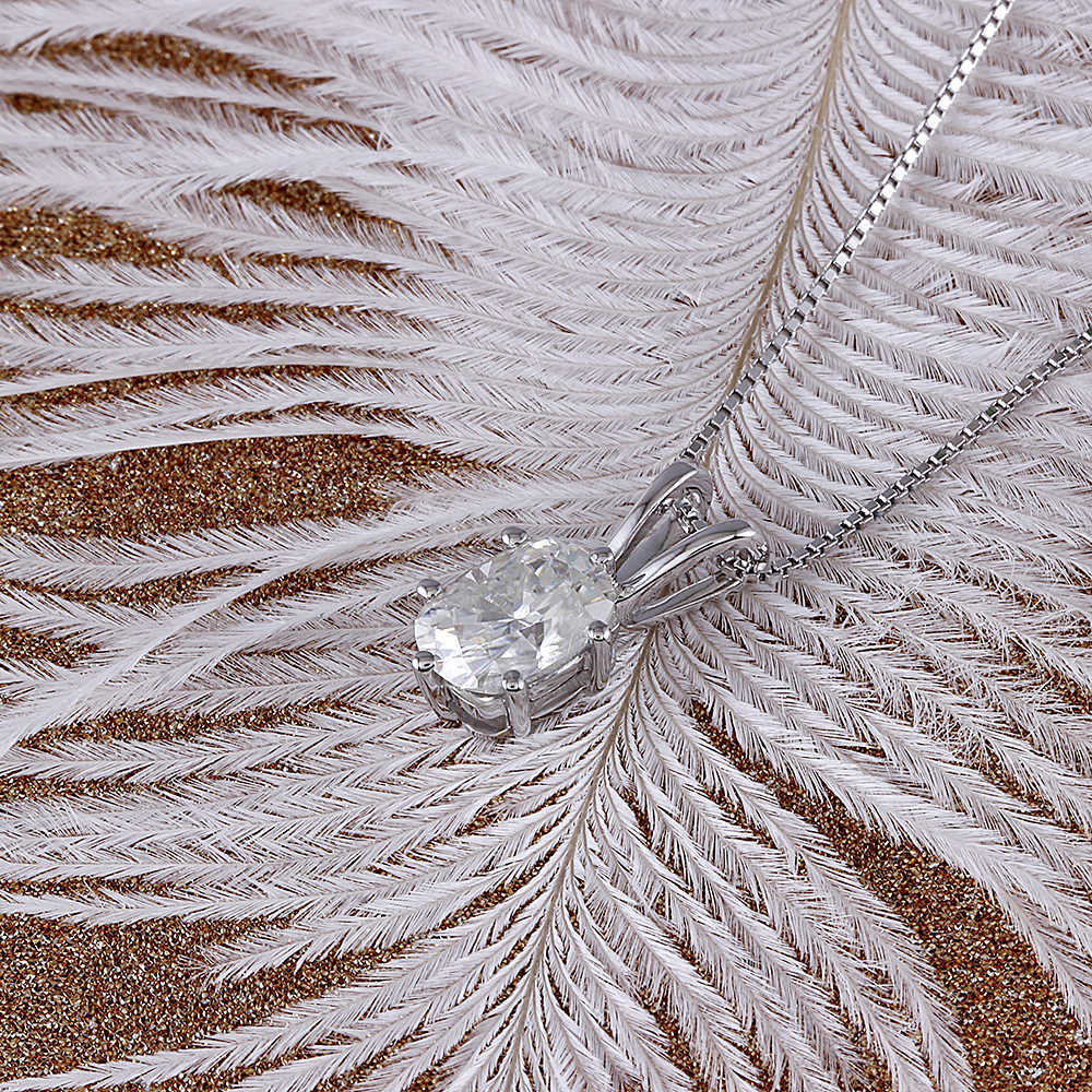 oval moissanite pendant necklace (3)