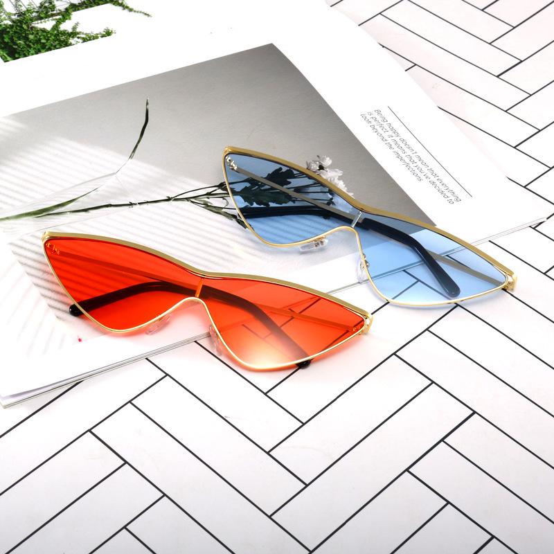 2020 Nouveau design de cristal brillant cadre 5 couleurs des femmes de mode carré grand cadre lentille dame design UV400 chaud avec étui