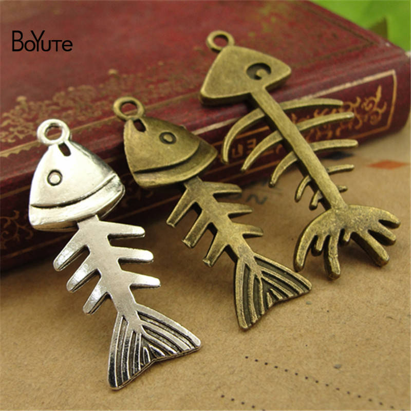 BoYuTe (50 PiecesLot) Vintage Fish Bone Jewelry Pendant Charms European Popular Halloween DIY Alloy Materials Accessories (1)