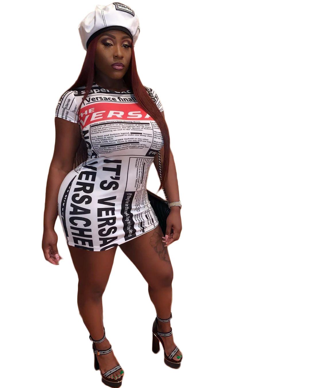 2019 A8103 Damen Kleidung Zeitung Sohn Druck dünnes Kleid