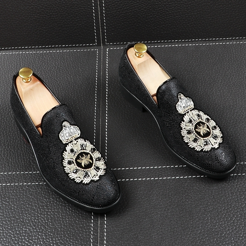 Memorable2019 Foot Set Man Leisure Time Embroidery Rhinestone Summer Le Fuxie England Trend Sharp Small Leather Shoes Increase