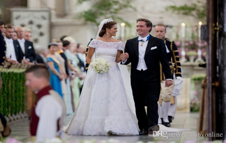 2017 Elegant Vestidos De Noiva Lace A Line Wedding Dresses with Short Cap Sleeves Bateau Long Chapel Train Arabic Dubai Bridal Gowns