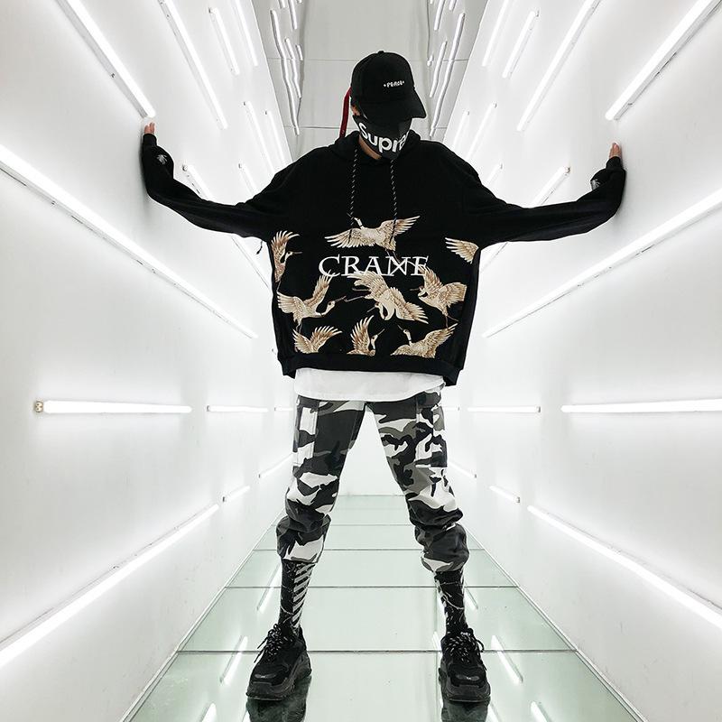 2009 Par usar otoño e invierno Crane Hat Guard Overize Hip Hop Hat Coat para hombres y mujeres Cosplay Hip Hop negro con capucha