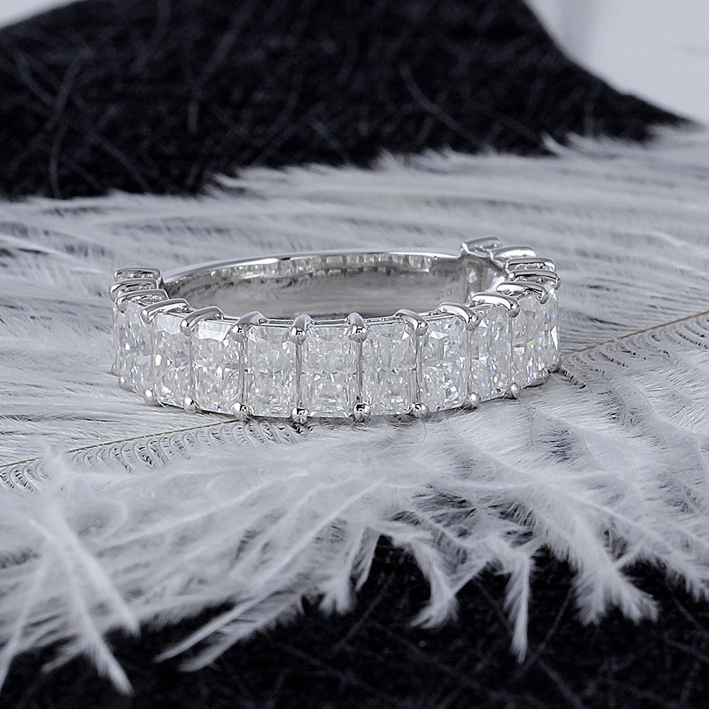moissanite wedding band- radient cut (6)