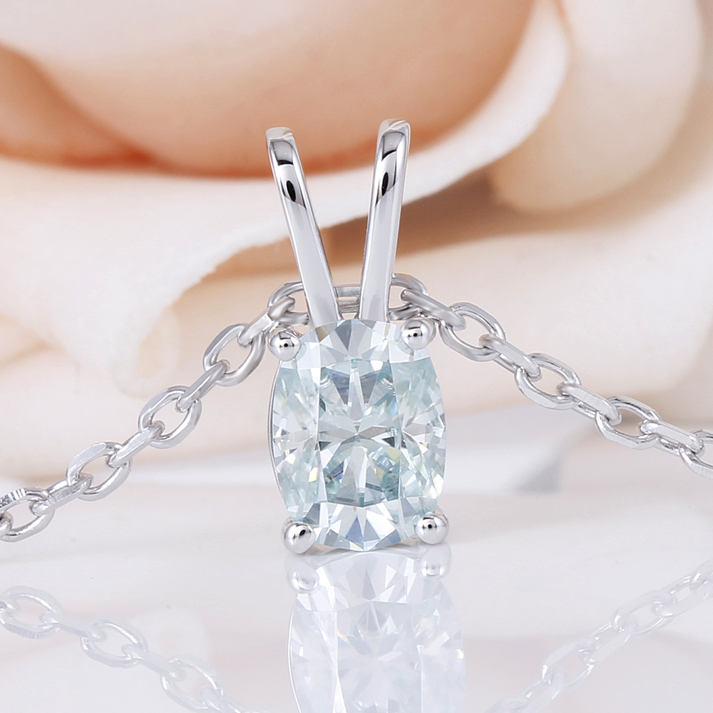 moissanite pendant necklace (2)