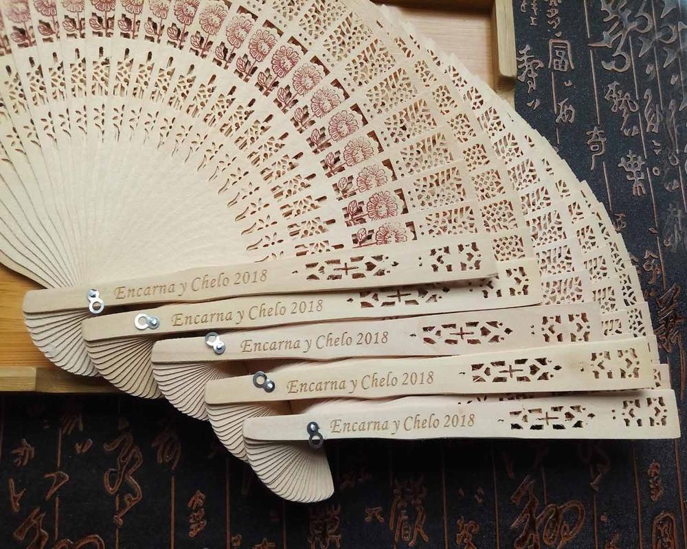 200pcs-lot-Personalize-silk-screen-wedding-favors-silk-fan-Chinese-carved-folding-fragrance-wood-hand-fan (1)