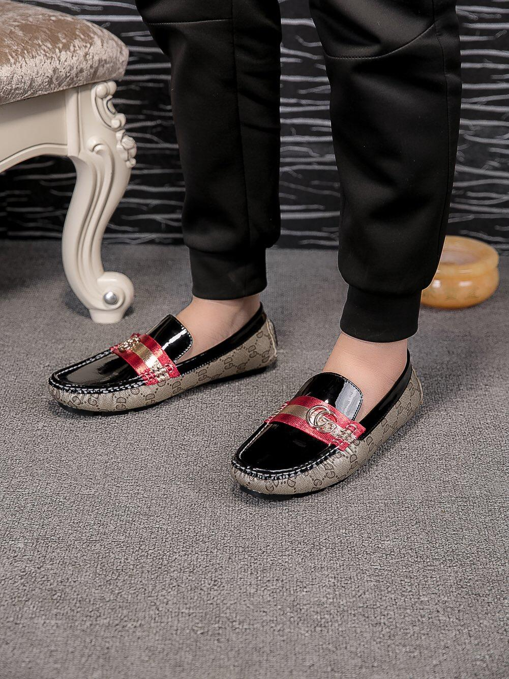 2018 New Casual Mens Shoes For Sneakers Fashion Sport Hot Corss Hiking Jogging Walking Outdoor no box