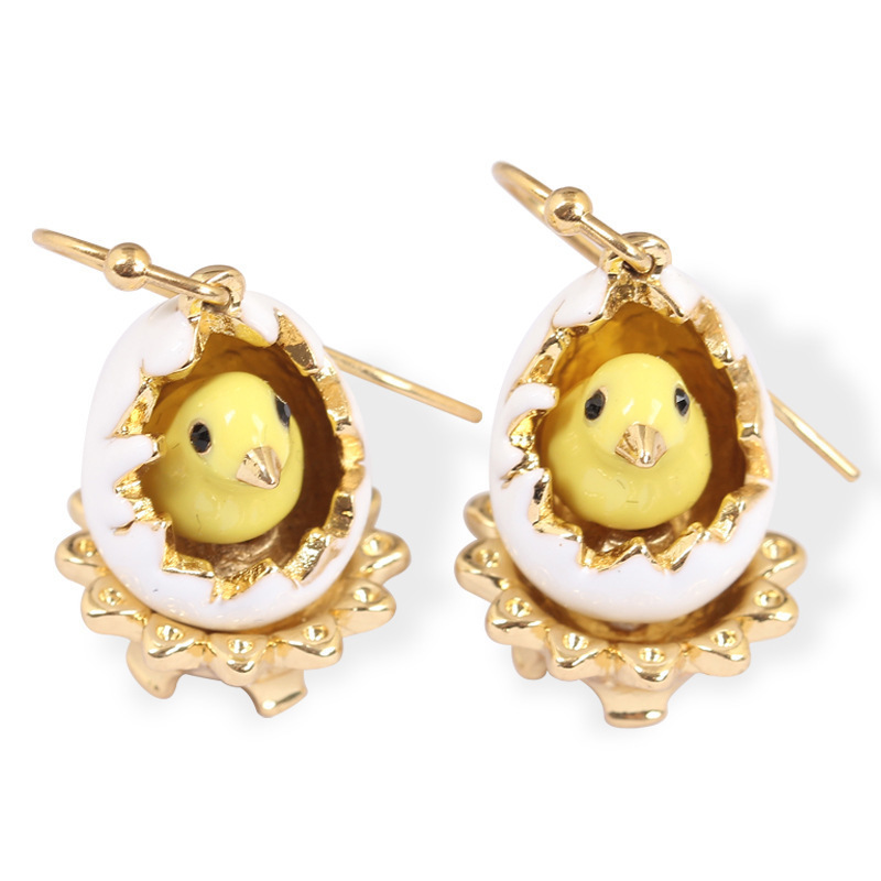 Juicy Grape New Hand Painted Enamel Glazed Broken Egg Shell Fashion Earring For Women With Hook 2019 Women Stud Earrings Jewelry Y19062703