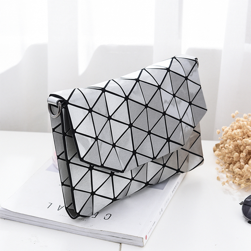 YOUNNE-Women-Leather-Shoulder-Bag-Luminous-Crossbody-Bags-Female-Geometric-Fashion-Messenger-Bags-for-Girls-Fashion(1)