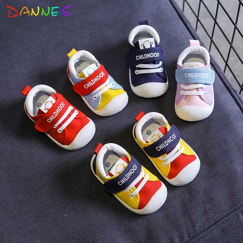 CieKen Baby Walkers Kid Shoes Infant Newborn Baby Girls Cuty Crown Wing Hood/&Loop Fashion Toddler First Walkers Shoes