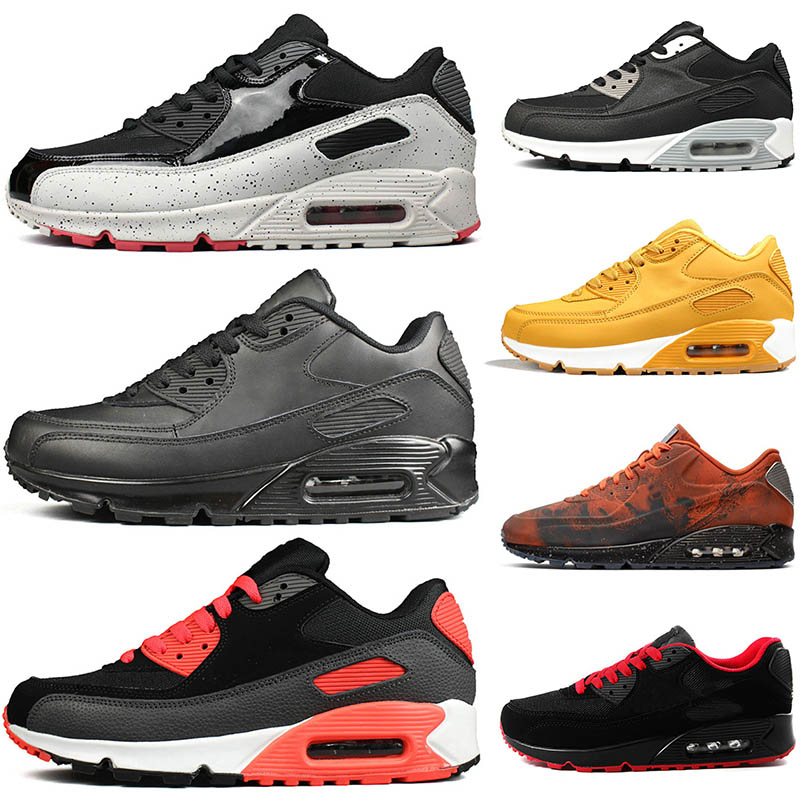 Cushion Shoes off Mens White Triple s OFF black red Athletic fashion luxury designer shoes Jogging Walking Sports women Outdoor Sneaker