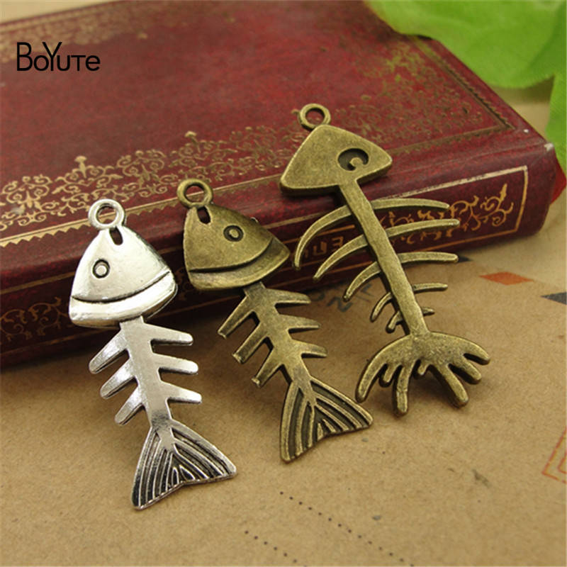 BoYuTe (50 PiecesLot) Vintage Fish Bone Jewelry Pendant Charms European Popular Halloween DIY Alloy Materials Accessories (2)