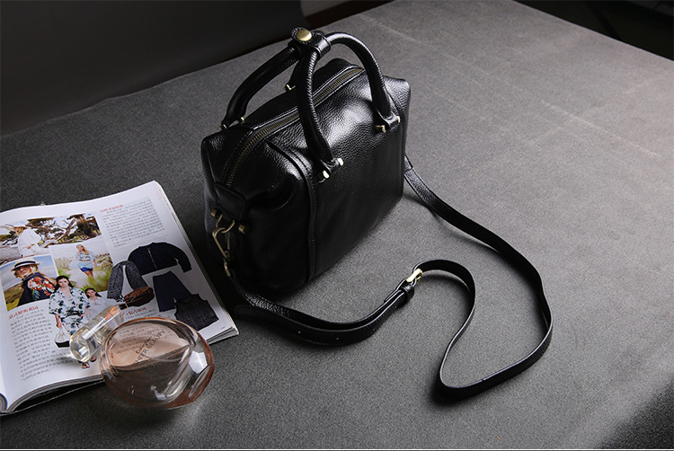 Charm2019 Pattern Head Layer Cowhide Boston Woman Package Europe And America Pillow Genuine Leather Single Shoulder