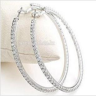 Silvertone Big Circle lady's Basketball Wives Hoop Earrings With Crystal Rhinestone Dangle Earring